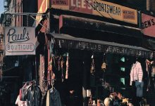 Music Review - Hamburgers N'Heroin - Beastie Boys – Paul's Boutique [Classic Album Review]