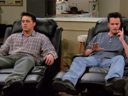 18 Joey & Chandler